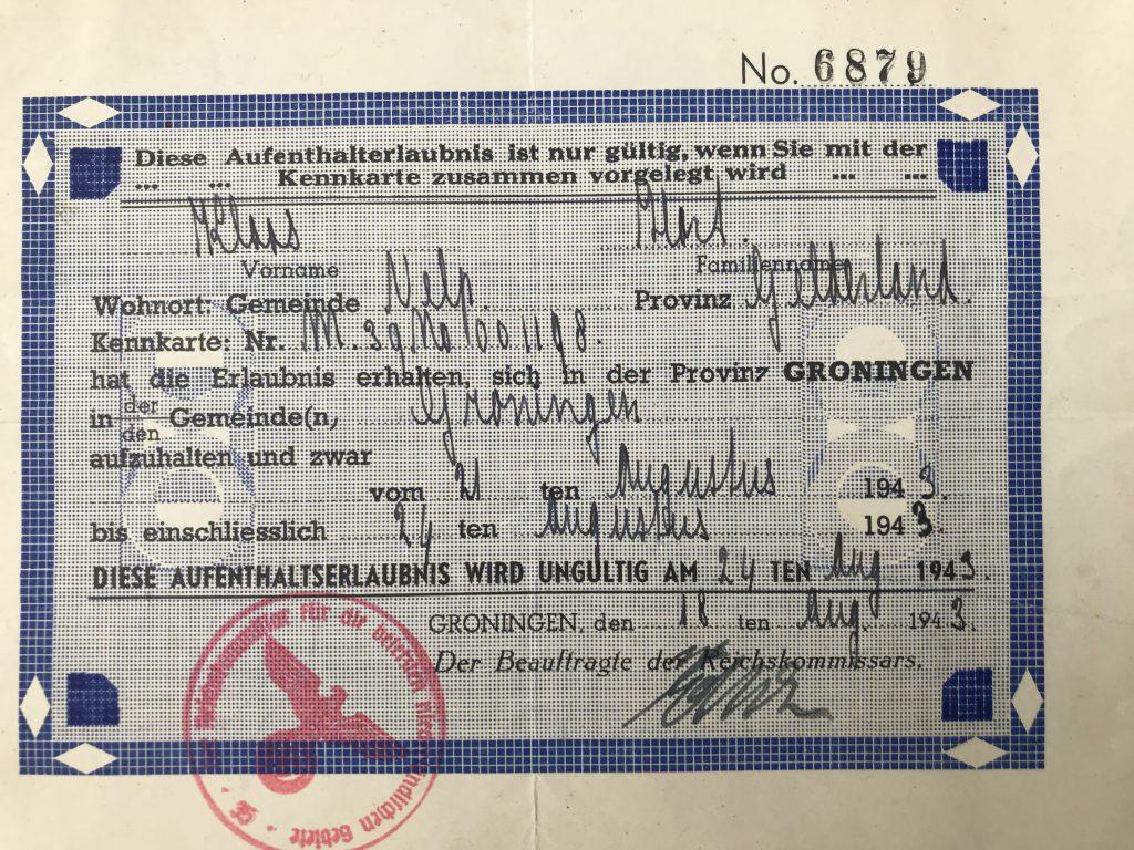 Permission to travel from Velp in Gelderland to Groningen between August 21-24, 1943. German.