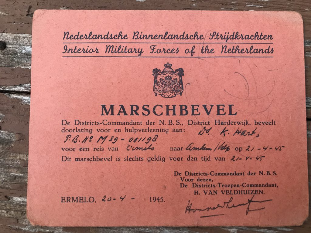 Permission from the Interior Military Forces of the Netherlands to travel between Ermelo and Velp on April 21, 1945.